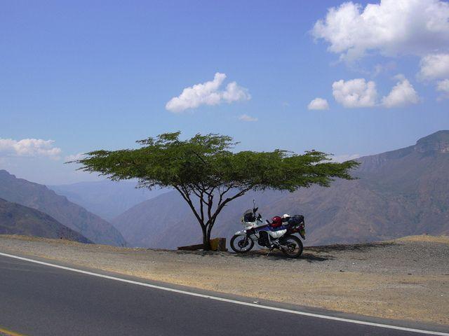 EN EL CAÑON DE CHICAMOCHA, SANTANDER.  COLOMBIA.