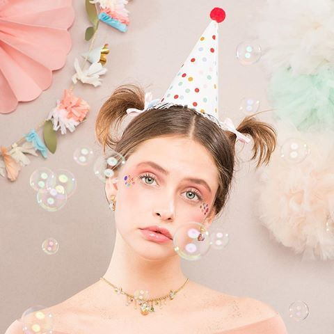 🌿🌸:: 40% off ALL of the Tea Party collection? Oh go on then! :: 🌸🌿  .  .  .  #BillSkinner #teaparty #party #bubbles #seaquins  #swarovskicrystals #swarovski #enamel #jewellerylovers #jewelrydesigner #fashionphotography #fashionshoot #fashion #asos #nyx #handpainted #prettyinpink #ss17collection #mua #jewelryaddict #nature #floraljewellery #style #partytime #jewellery