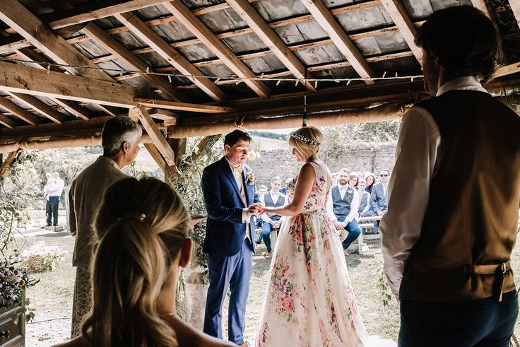 Best 25+ Laid Back Wedding Ideas On Pinterest
