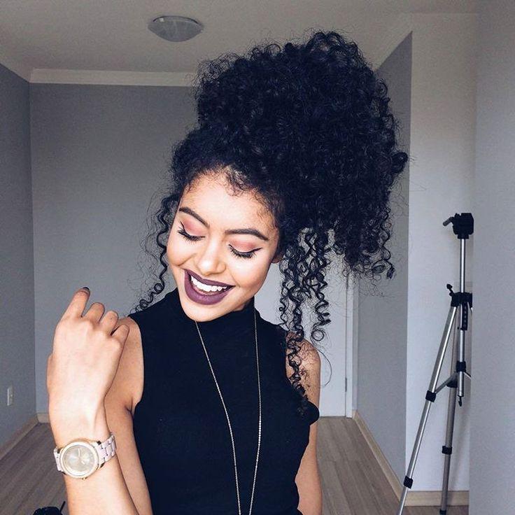 Boa noite gentee! Hoje foi dia de gravações por aqui, MUITAS dicas sobre cuidados com os cabelos, vocês vão amar! Em breve lá no canal #divasdasté
