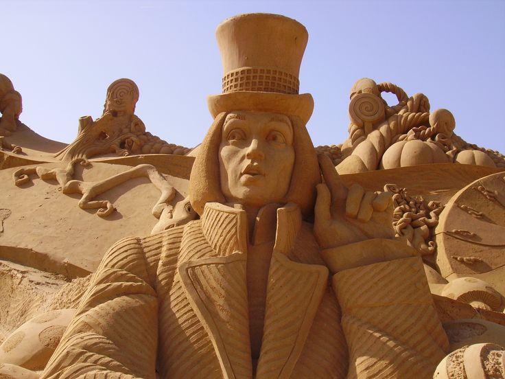 City of Sand - Sculpute of Chocolate Factory Cidade da Areia- Chocolate factory