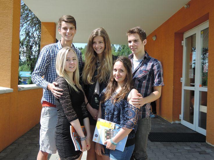 SŠCR, naši studenti. Střední škola cestovního ruchu a jazyková škola s právem státní jazykové zkoušky, s r o   #Rožnov #sscr #JiříHrdý #cestovka #turismus #wellness #masér #masáže #Valašsko #Beskydy