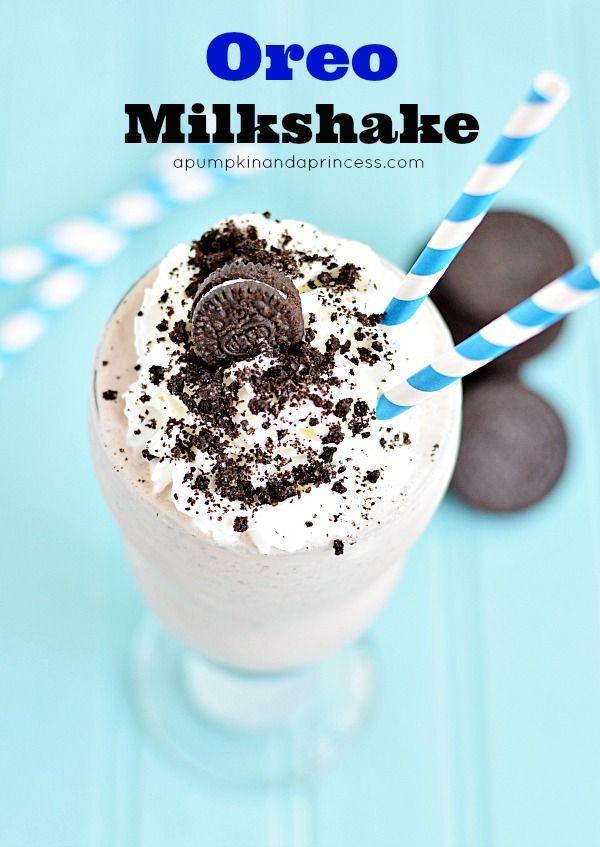 Oreo Shake Recipe // www.apumpkinandaprincess.com // #oreo #milkshake #chocolate
