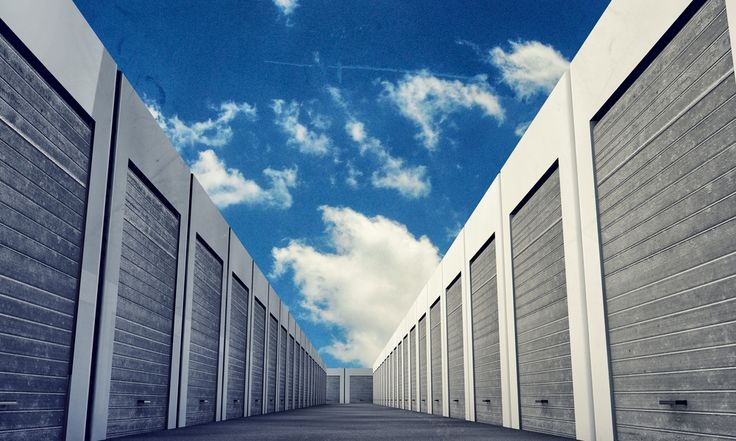 North Phoenix Self Storage offers very low prices and incredible online coupons available on all self storage and vehicle storage units. http://www.northphoenixstorage.com/