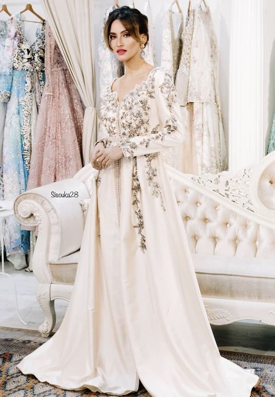 87735dda20a Vente Caftan Pas Cher 2019 - Robe Marocaine Mariage - Achat robe marocaine  à  Paris