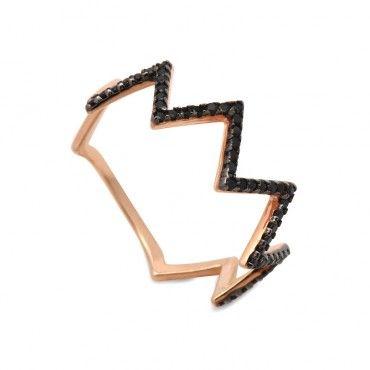 Μοντέρνο λεπτό δαχτυλίδι ροζ χρυσό Κ14 σε σχήμα ζικ ζακ με μαύρα ζιργκόν που φοριέται μόνο του ή ταιριάζει με άλλο ίδιο | Δαχτυλίδια ΤΣΑΛΔΑΡΗΣ Χαλάνδρι #ζικζακ #ζιργκον #χρυσο #δαχτυλίδι