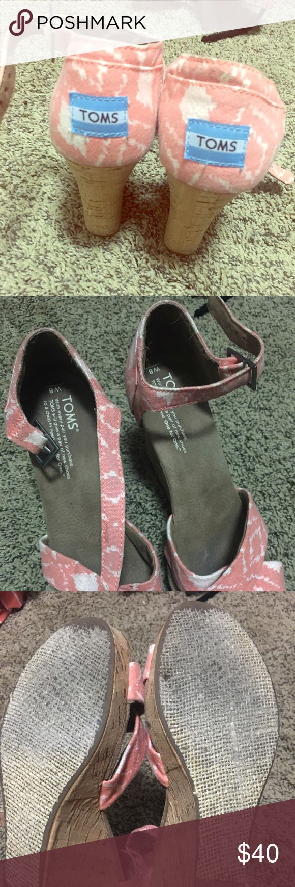 Toms wedge size 8 Toms wedges size 8!  A soft pink with white pattern. TOMS Shoes Wedges