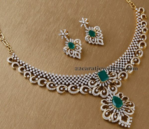 Jewellery Designs: Diamond Set by Surana Jewellers