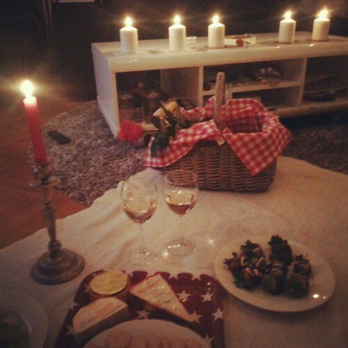 6 Sexy Summer Date Night Ideas Living Room Inside Picnic