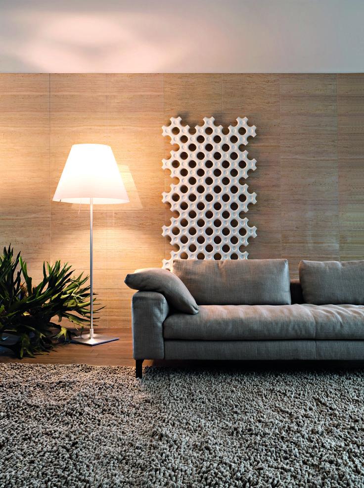 TUBES - ADD-ON - Neobyčejný modulární radiátor, který můžete umístit ke zdi nebo do prostoru. Lze vytvořit různé kompozice modulů podle prostorových možností místnosti. Design: Satyendra Pakhalé