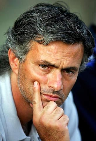 I heart Jose Mourinho....He is the best and the hottest coach