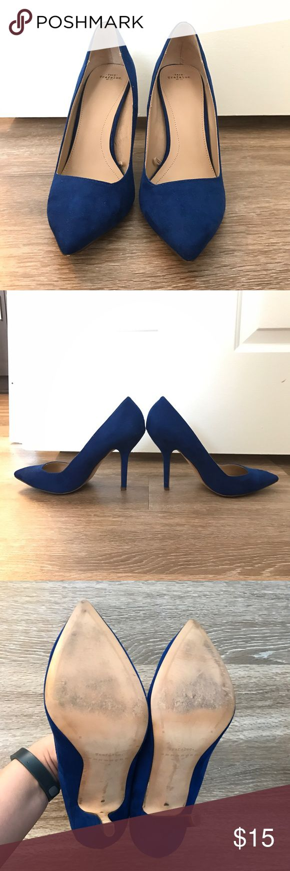"""Zara Trafaluc cobalt blue suede pumps Gorgeous cobalt blue suede pumps! Only worn once and they are super comfortable. 4"""" heel. I usually wear a 9/9.5 and these fit more like that. Zara Shoes Heels"""