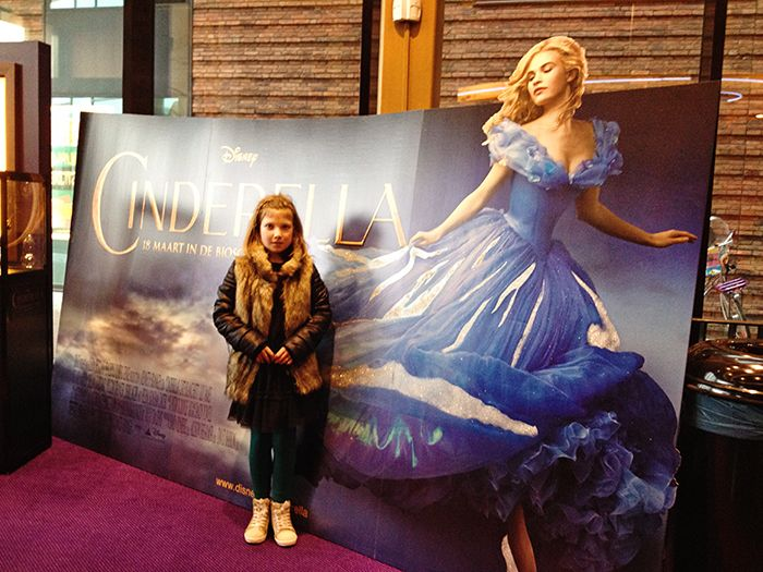 REVIEW: Ik mocht samen met mijn eigen prinsesje naar de voorpremiére van Disney's Cinderella. Lees hier onze ervaring.