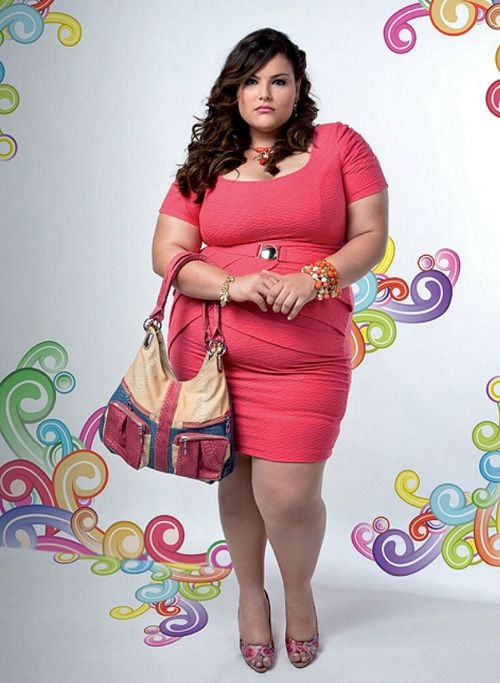 Stunning Brazilian plus-size model Mayara Russi, an opulent U.S. size 22, in a remarkably pro-curvy promotion for the South American label Glamur Fashion.