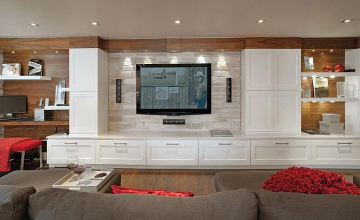 Des spots ont été placés au-dessus de l'écran de télévision. Si vous ne possédezpas une telle installation, branchez une lampe tout près de la télé;une ampoule de 30 watts sera suffisante.