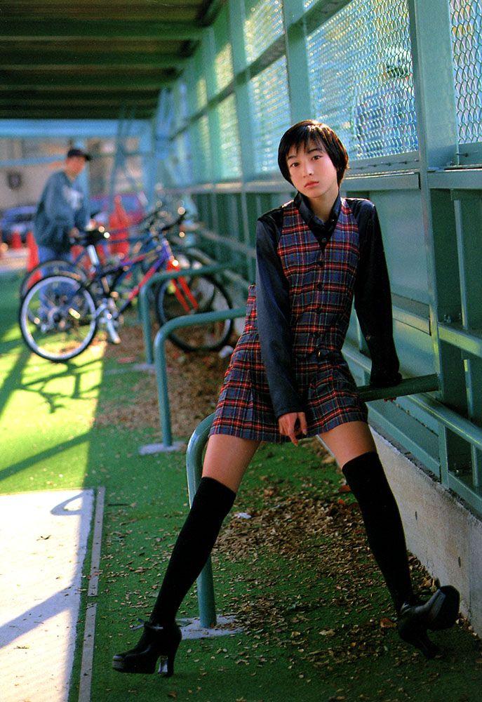 sushikuine: hirosue-ryoko: 広末涼子
