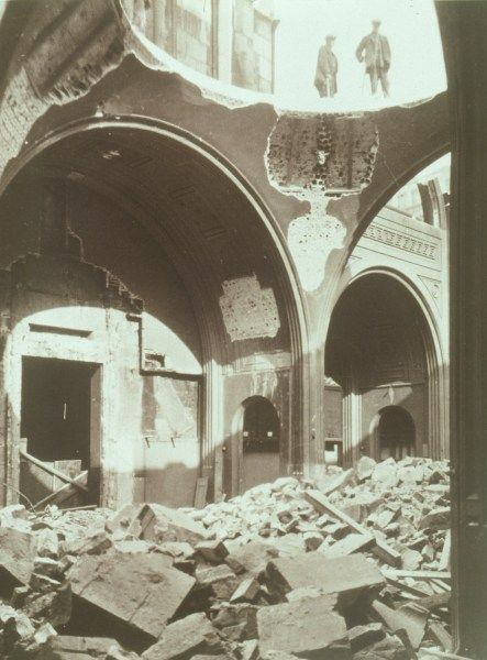 demolition of Soane's Bank of England Colonial Office - Yerbury collection