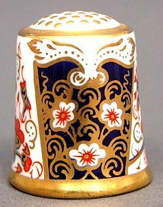 ROYAL CROWN DERBY-TRADITIONAL IMARI