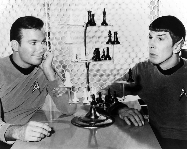 MeTV Network | 16 awesome behind-the-scene photos from the set of 'Star Trek'