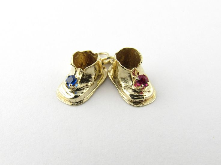 Vintage 14 Karat Yellow Gold Baby Shoes Charm #2206