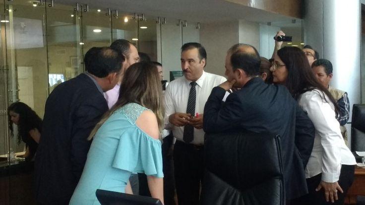 <p></p>  <p>Chihuahua, Chih.- Al inicio de la sesión, debido a que el diputado Miguel Vallejo de Movimiento Ciudadano solicitó