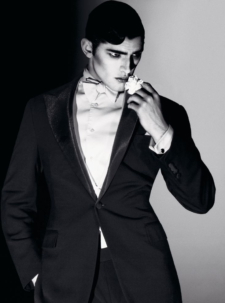 """Sean O'Pry in """"L'Étoffe des Héros"""" by David Sims for Vogue Hommes, S/S 2010"""