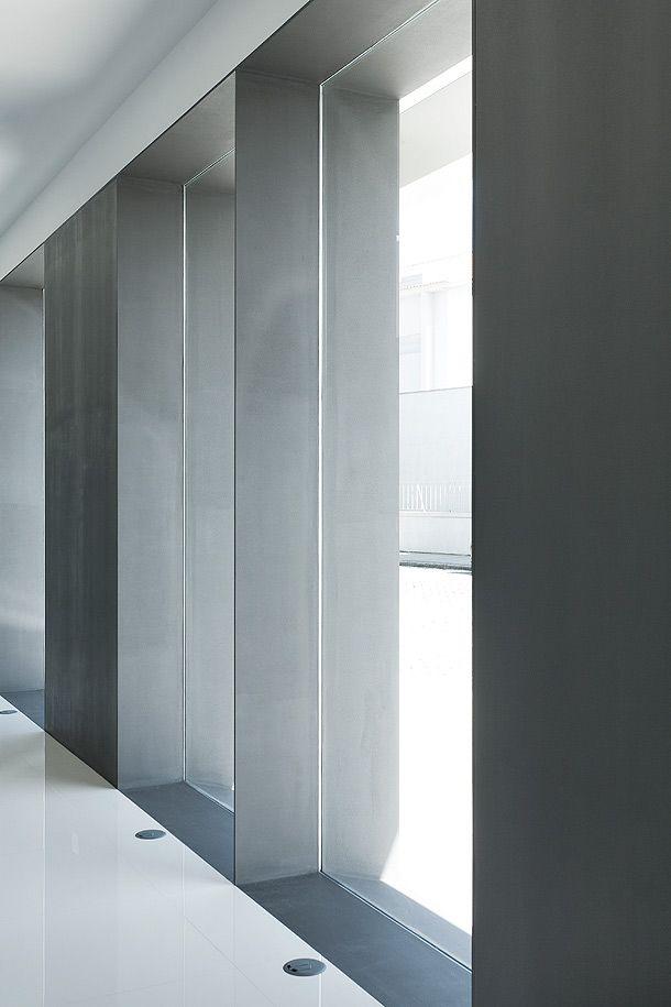 e|348 Arquitectura | Nuno Pinheiro & António Teixeira | Pharmacy in Póvoa de Varzim, Portugal