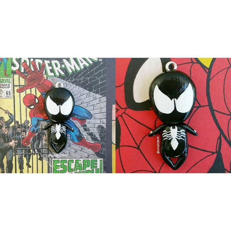 «Black suit Spider-beeb!♥#spiderman #blacksuitspiderman #spiderverse #peterparker #symbiote #marvel #disney #polymerclay #acrylics #sunsetstarlitshop»