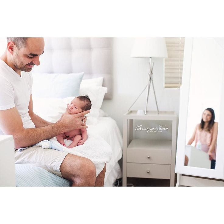 Reasons why I love lifestyle photography... Moments like this  #chaniquefouriephotography #cfp_lifestyle #newborn