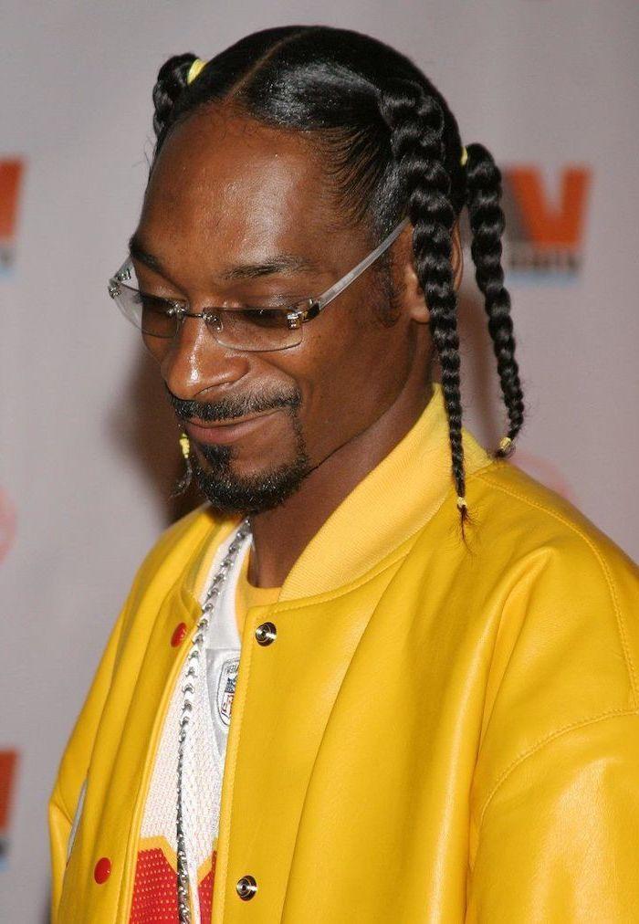 Snoop Dogg Wearing A Leather Yellow Jacket Black Hair Braids Hairstyles 2019 White T Shirt Braids For Boys Box Braids Men Braids For Black Hair