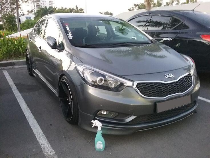 El #KIA brilla de manera Espectacular con Magic Clean Car deja Tu Auto Limpio, Brillante y Protegido, sin utilizar una gota de AGUA #lavaenseco #lavasinagua #lavadodeautoenseco