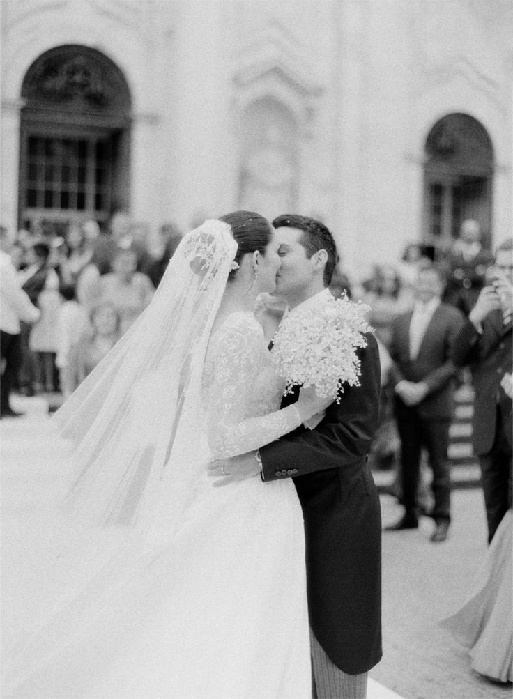 Maria And Diogos Wedding In Portugal Rylee Hitchner Photography
