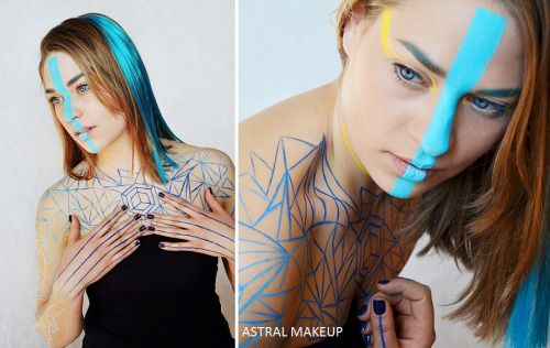 Tesseract bodypainting form an exhibition in 2015.