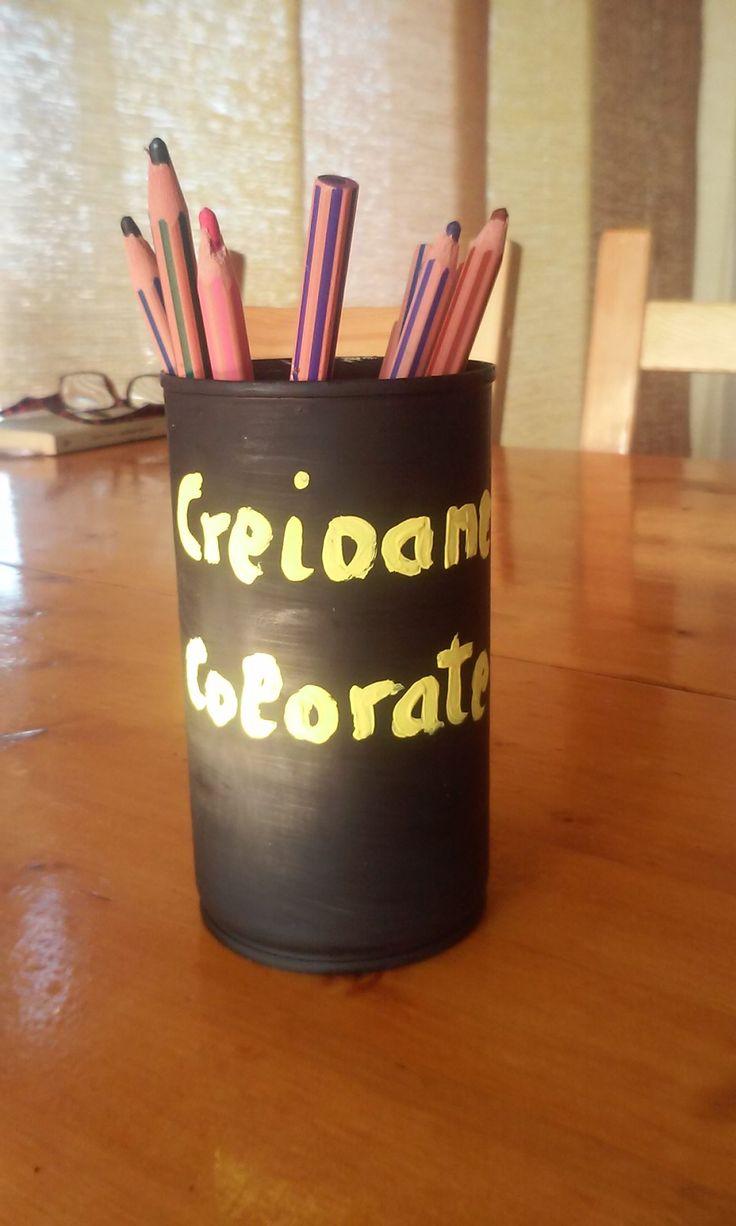 Suport creioane DIY – La Mihu