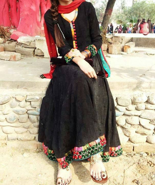 DESI Fashion . Pakistani Dress. Follow me here MrZeshan Sadiq