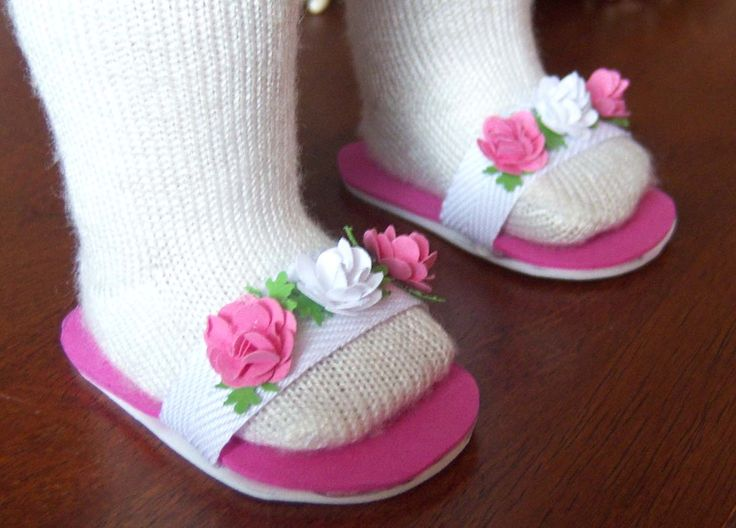 Cute slippers to make for American Girl dolls