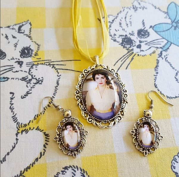 Elizabeth Taylor necklace and earring set for a lovely customer.