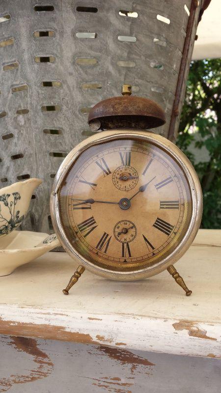 Leuke oude Franse wekker  http://www.tresbellebrocante.nl/