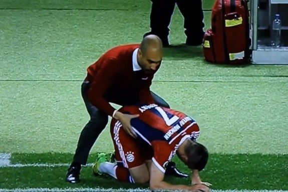 Pep Guardiola has special massage technique for Frank Ribéry