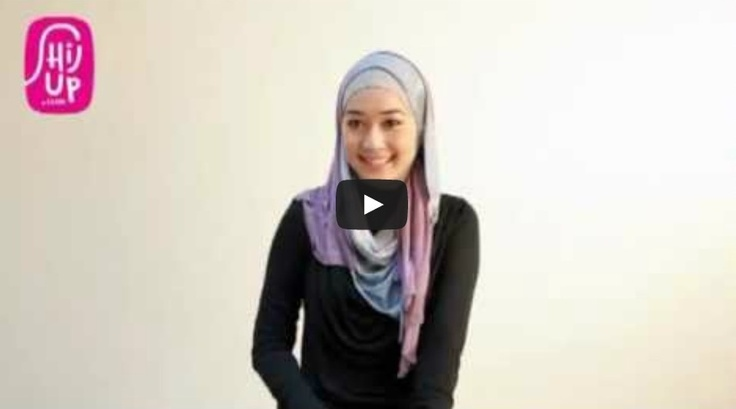 HIJAB TUTORIAL STYLE 19     Check the designers collections at HijUp.com  Get Up with your Hijab and Be Fabulous with HijUp! ♡     Song: Fabulous with HijUp - D.B.E  ___________________________________  Visit our youtube channel and find a lot of hijab inspiration there!  Happy Watching, Dear :)