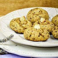Biscoitos integrais de azeite e quatro sementes