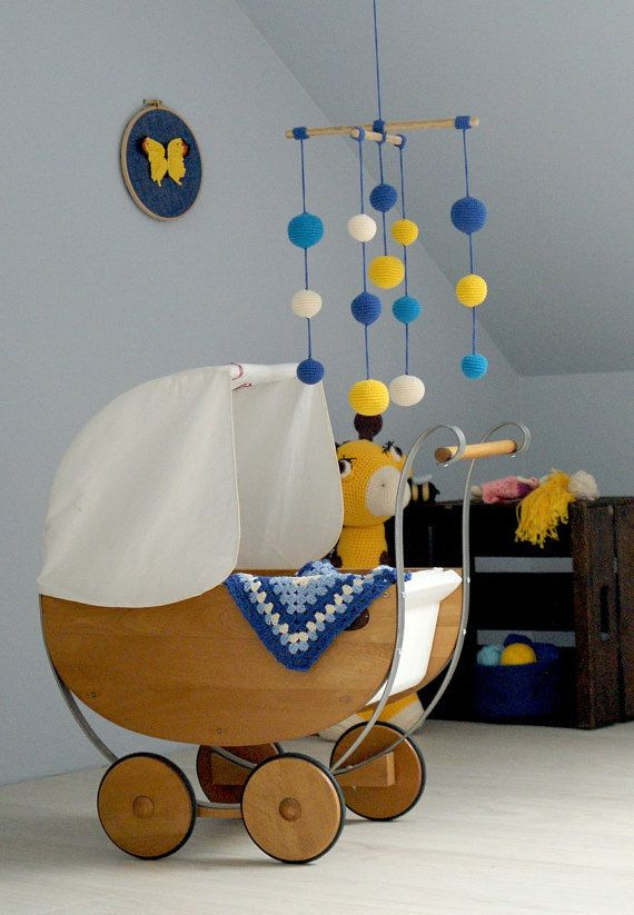 Crochet Baby Mobile - Yellow/Blue/Ivory(4-color mobile) - Light Colorful Baby Ball Mobile