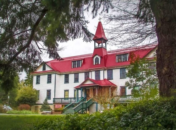 5 Must-See Historic Landmarks in Cowichan  In honour of Canada's 150th birthday, we'd like to share a few of Cowichan's best-kept historical secrets.