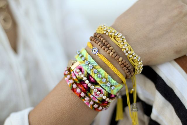 #friendship bracelets