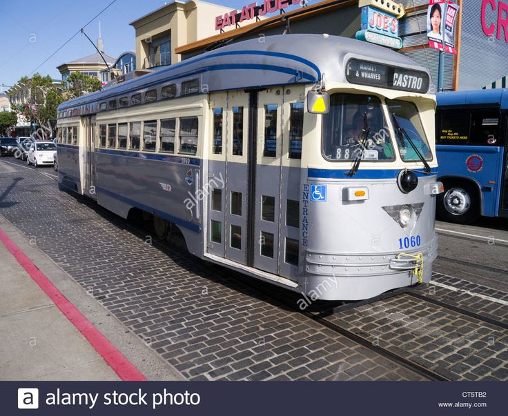 the-san-francisco-municipal-railway-operates-a-historic-fleet-of-restored-CT5TB2.jpg (1300×1066)