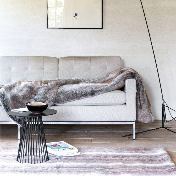 Tapis en fausse fourrure marron pour une sensation de douceur et de confort absolu  #tapis #cocoon #fausse #fourrure #déco