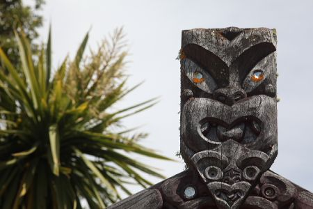 Maori Carving, Picton, New Zealand - copyright www.belindabrownphotography.co.nz