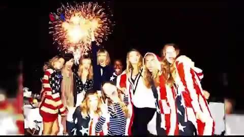 Siapa saja selebriti AS favorit yang 'Amerika' sekali, khususnya di tengah perayaan hari kemerdekaan AS ke-241 yang jatuh pada tanggal 4 Juli ini? Simak #VOATrendingTopic bersama Vina Mubtadi Malik.   Di YouTube: https://youtu.be/X-ZsPFszx8M