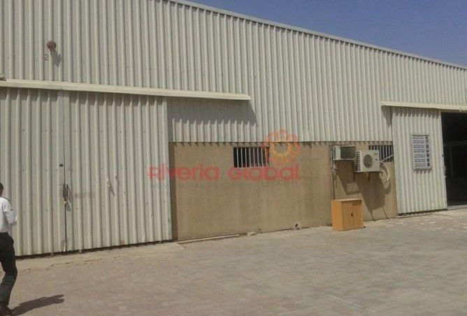 45,000 Sq Ft #Openland With 26,000 Sq Ft Bua in Al Quoz for lease