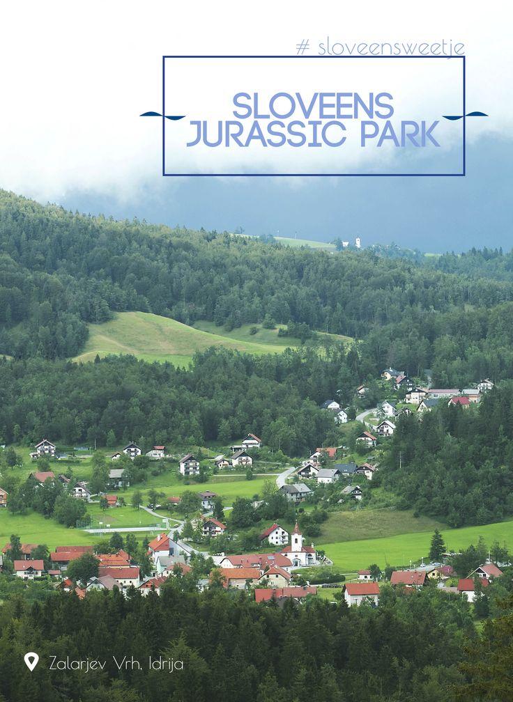 Ooit leefden er dinosaurussen in Slovenië. Hun sporen kan je nog zien op de berg Zalarjev Vrh nabij Idrija. #sloveensweetje